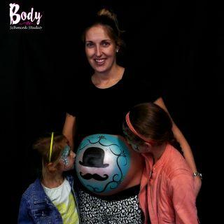 Body schmink studio baby shower schmink moustache met schminken kinderen 2 logo