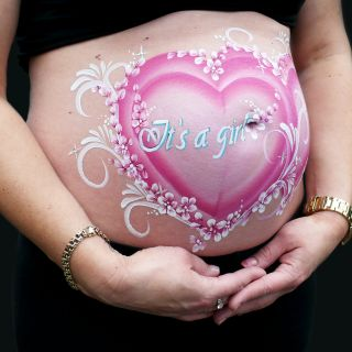 Body schmink studio bellypaint babyshower double hearts it s a girl gemert logo