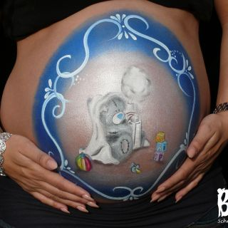 Body schminkstudio bellypaint babyshower beertje foto belly logo