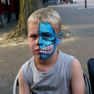 Body schmink studio event friday festival blauw monster gemert
