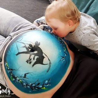 Body schmink studio bellypaint elf grote zus kus mama buik logo 2