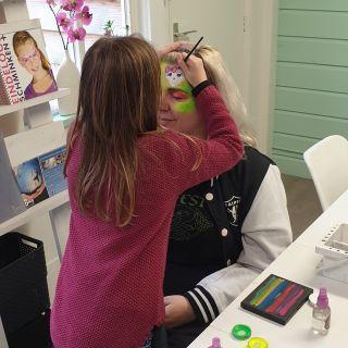 Body schmink studio cursus basis schminken neon girly skull beek en donk 2