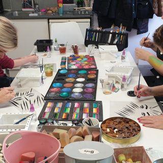 Body schmink studio cursus basis schminken penseel techniek beek en donk