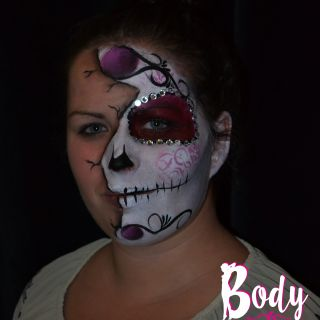 Body schmink studio half face painting sugarskull halloween2