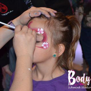 Body schmink studio kind schmink kerstfeest one stroke flower