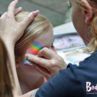 Body schmink studio feest rainbow heeze 3 logo
