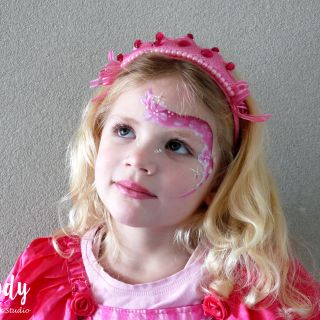 Body schmink studio kinderfeest thema princess rose one stroke wanrooij logo