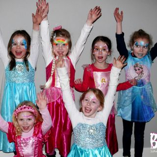 Body schmink studio kinderfeest thema princess wanrooij foto groep 2 logo