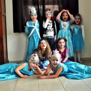Body schmink studio schminken kinderfeest thema frozen helmond foto groep 2