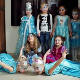 Body schmink studio schminken kinderfeest thema frozen helmond groep foto