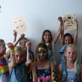 Body schmink studio workshop schmink kinderfeest beek en donk foto groep