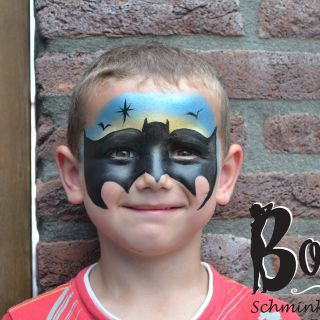 Body schminkstudio kinderfeest batman1