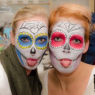 Body schminkstudio cursus3 sugarskulls red blue