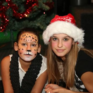 Body schmink studio puma face painting met logo
