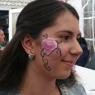 Body schmink studio kinderfeest pink rose helmond logo